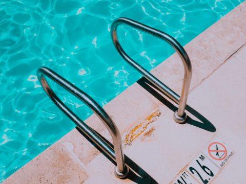 Análise microbiológica de água de piscina, o verão com mais segurança